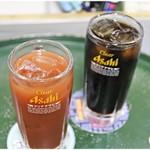 立ち飲み居酒屋 ドラム缶 - トマトハイ、コーヒーハイ それぞれ250円