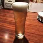 ビストロ カルネジーオ - イタリアビール ペローニ