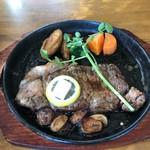 レストランカヤ - 料理写真:ガーリックステーキ