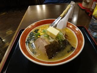 えぞっこ パセオ店 - 札幌ラーメンの定番 ◆ バターコーンラーメン