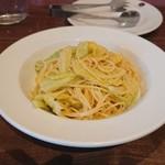 イルモンドピッコロ - タラコとキャベツのスパゲッティアンチョビ風味