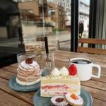 ミッシェルバッハ - 料理写真:ショートケーキ&モンブラン♪ コーヒーは+200円です!