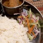 Puja - センス光る味付けの玉ねぎと野菜