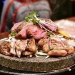 芋蔵 - さつま大地のさくら島のっけ盛り@2,680円:黒豚2種、黒牛、桜島鶏