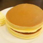 ルポーゼすぎ - 料理写真:プレーンホットケーキ(500円)