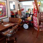 ザ ロケット カフェ - 2階の雰囲気