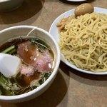 ラーメン 虎一番 - おいしいつけ麺 平打ち麺
