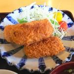 98546262 - カニクリームコロッケ定食(アップ)