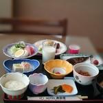 ホテル奥田屋 - 朝食