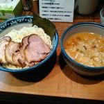 めん処 樹 - みそつけチャーシュー麺(大盛)