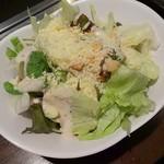 お好み焼本舗 - 料理写真:シーザーサラダは見たまんまの味♪(笑)  普通に美味しかったです(๑•᎑•๑)
