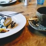 山田家珈房 - デザートとホットコーヒー