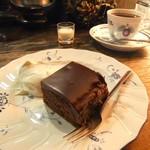 カフェ レ ジュ グルニエ - ガトーショコラ。