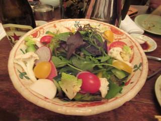 明日香 下北沢店 - 野菜サラダ