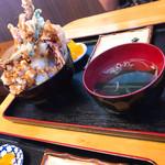 海鮮食堂 太陽 - 小海鮮丼