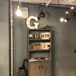 GUFO - 店内