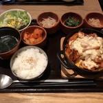 水刺間 - チーズダッカルビ定食 1400円