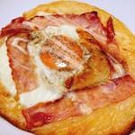ブーランジェリー リッシュ - 目玉焼きパン