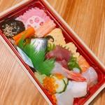 美登利 - 海鮮ちらし  680円