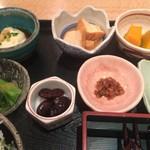 鈴の屋 - セットの小鉢