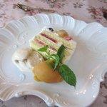 カーヴ ド ヴァン 柿さか - ケーキ&柿のソルベ&ジャスミンティーアイス