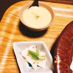 暖季 - タコ入り茶碗蒸しと漬け物^ ^