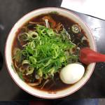 新福菜館 - 中華そば(並) 700円