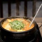 韓丼 - 豚キムチスンドゥブ