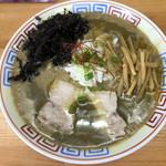 麺屋十郎兵衛 - 超濃厚鶏白湯煮干そば  800円