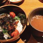 東京焼酎&梅酒bar GEN&MATERIAL - ダシ茶漬け   梅酢のお出汁でさっぱり!