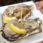 沖野水産 - 焼き牡蠣