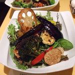 リ・カルゴ - お魚どんぶり(ガーリックソース)