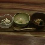 98616065 - 前菜小鉢三種盛り