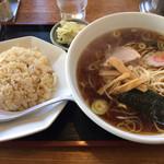 たんぽぽ - 料理写真:ラーメンチャーハンセット ¥700