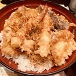 天ぷら ひさご - 海老、白身魚、野菜です。