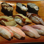 きづなすし - ひも, 蟹盛り,穴子, しゃこ, ズワイガニ, かんぱち(食べ放題)