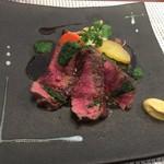 ビストロ ダイア - 豪州産赤身牛のステーキ、パセリにんにくソース