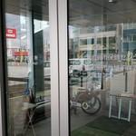 イシヤカフェ - 1階市役所入り口です。