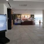 イシヤカフェ - 広いスペース!。