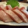 福島屋 - 料理写真:宗田カツオの刺身