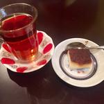 Turkish Kitchen - 紅茶と焼きプリン