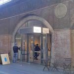 ブルーボトルコーヒー - 場所もかつてPOP UPストアがあった場所にあります。