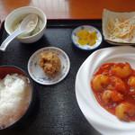 氷花餃子 - 料理写真:エビチリランチ(700円)