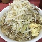 ラーメン二郎 - 小ヤサイニンニク ¥750-