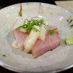串焼き鈿 - 寒ブリ刺し