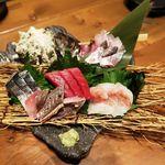 鮨と日本酒 蔵よし - 産直鮮魚盛り合わせ
