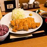いい日とん勝 - 料理写真:わらじカツ膳
