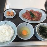 98690352 - 半冷麺付カルビランチ