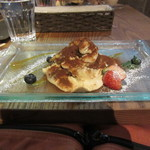 ムロマチカフェハチ - ハチのティラミス 650円+Tax