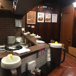 堺東カレー専門 タベルー - 店内